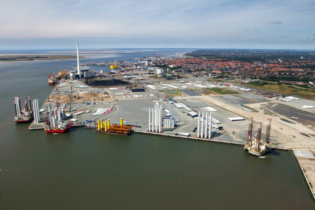Project cargo port